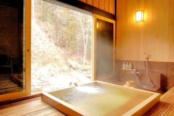 Hot water of chartered bath relaxation
