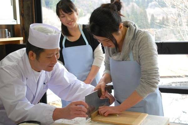Making soba experience