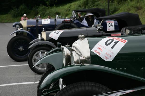 老式汽车竞赛会